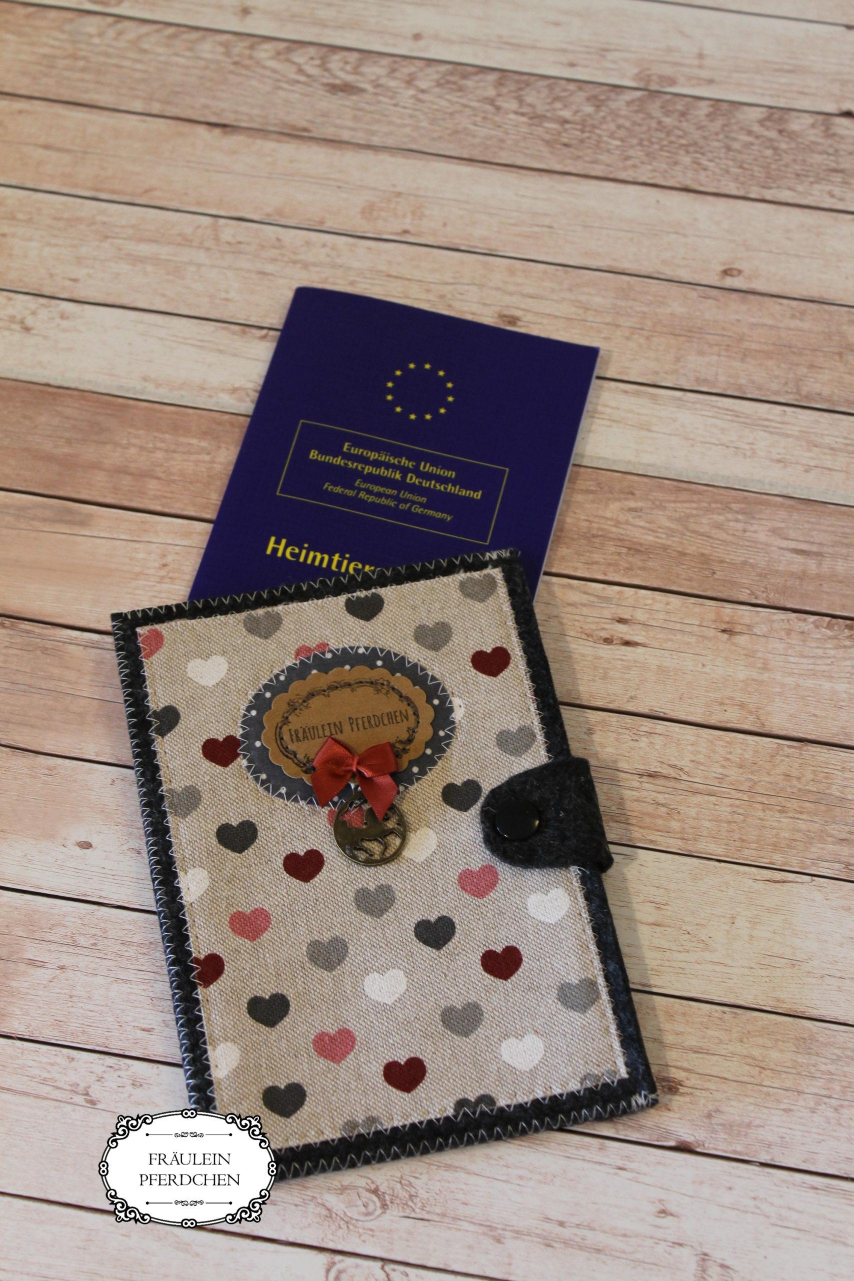 Hülle für Heimtierausweis – 100% mit Liebe handgemacht